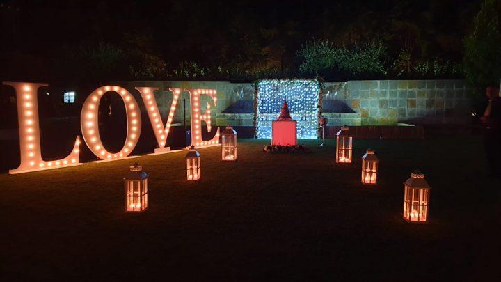 love + bolo + cortina leds